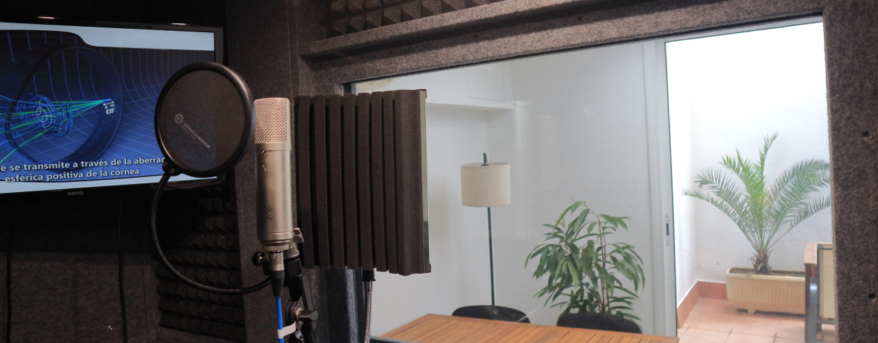 Voiceover recording at Onasound recording studio in Barcelona